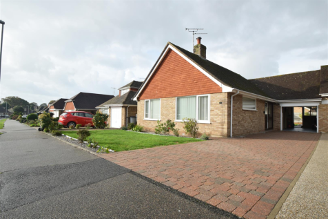 Frant Avenue, Bexhill-On-Sea. 2 bedroom bungalow