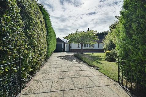 Uplands Close, Bexhill-On-Sea. 4 bedroom detached bungalow for sale