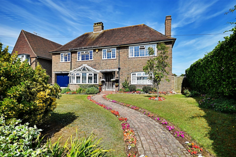 Pages Avenue, Bexhill-On-Sea. 5 bedroom detached house for sale