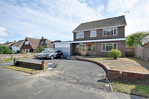 Collington Avenue, Bexhill-On-Sea. 5 bedroom detached house for sale