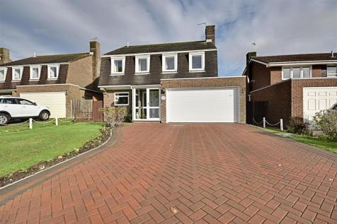 Hawthorn Avenue, Cooden. 4 bedroom detached house for sale