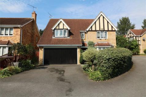 Mylne Close, Cheshunt, West Cheshunt, Hertfordshire. 4 bedroom detached house for sale