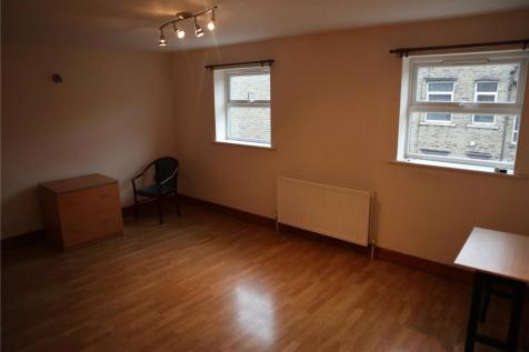Back Lord Street, Halifax, West Yorkshire, HX1. 2 bedroom apartment