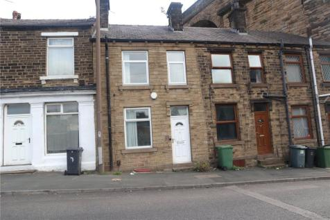 The Triangle, Paddock, Huddersfield, HD1. 3 bedroom terraced house