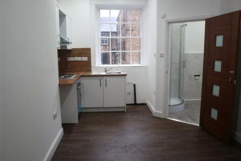 Union Bank Yard, New Street, Huddersfield, HD1. Studio flat