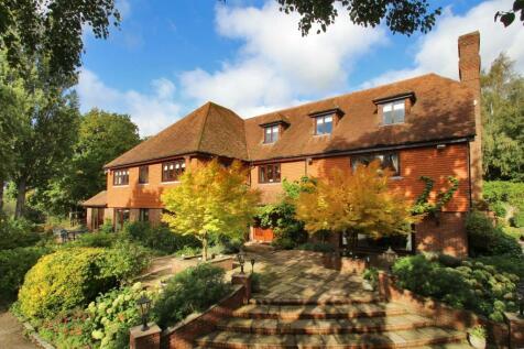 Iwade Road, Newington, Sittingbourne, Kent, ME9.. 9 bedroom detached house for sale