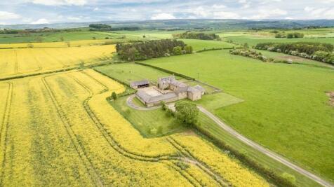 Newton Fell Farmhouse, Newton, Stocksfield, Northumberland. 4 bedroom farm house