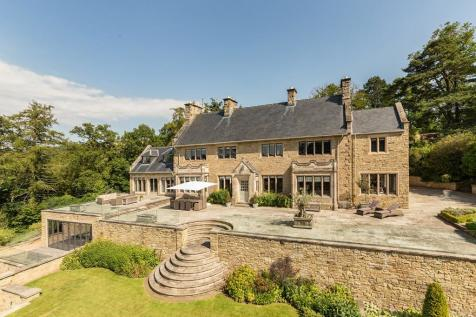 The Red House, 2 Apperley Road, Stocksfield, Northumberland. 5 bedroom detached house for sale
