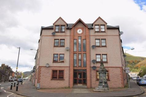Curran Court, Tillicoultry. 2 bedroom flat