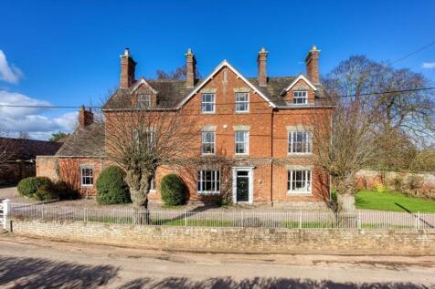Roughton Farmhouse, Roughton, Bridgnorth, Shropshire, WV15 . 7 bedroom detached house for sale