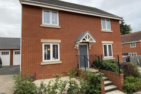 Renard Rise, Stonehouse. 4 bedroom detached house