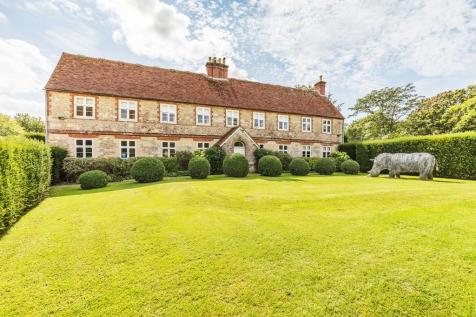 Hunston, Chichester, West Sussex. 7 bedroom manor house for sale