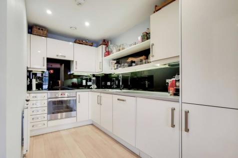 Robsart Street, Stockwell, London, SW9. 1 bedroom flat