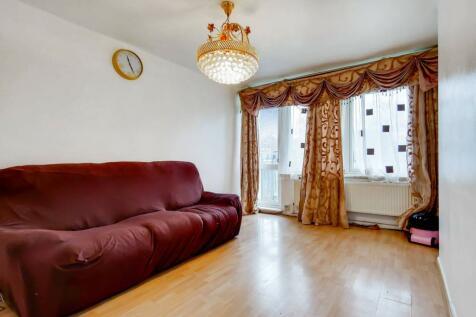 Challice Way, Tulse Hill, London, SW2. 2 bedroom flat