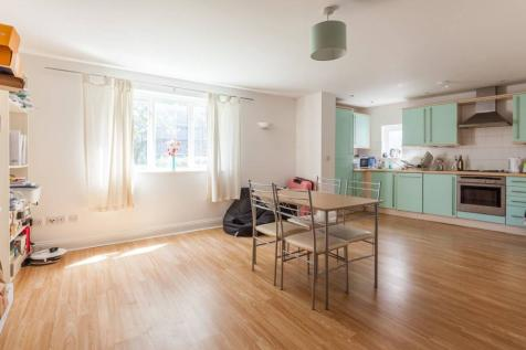 Park View Mews, Stockwell, London, SW9. 2 bedroom flat for sale