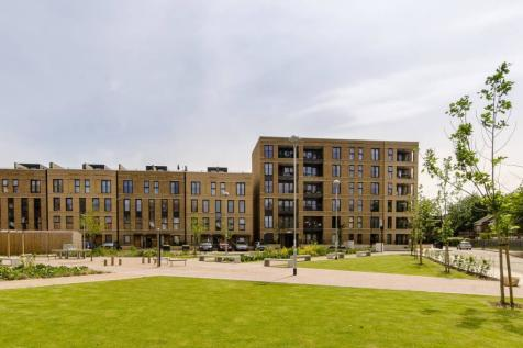 Cowley Road, Oval, London, SW9. 2 bedroom flat for sale
