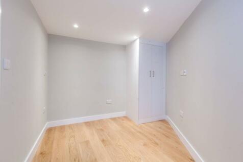 Arodene Road, Brixton, London, SW2. 1 bedroom flat