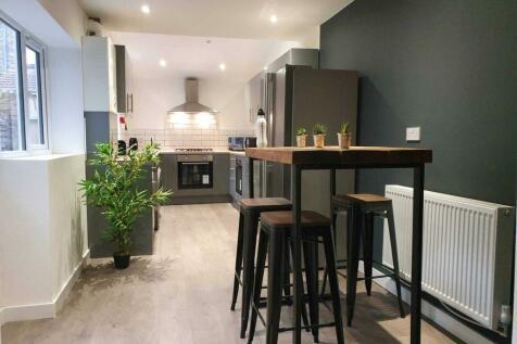 Kelso Road, Kensington. 6 bedroom terraced house