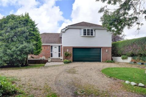 Bridle Path, Horndean, Hampshire. 4 bedroom detached house for sale