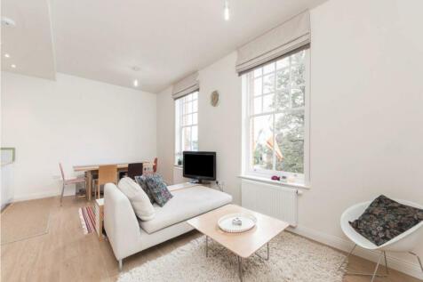 Phelps House, TW1 1RG. 2 bedroom flat