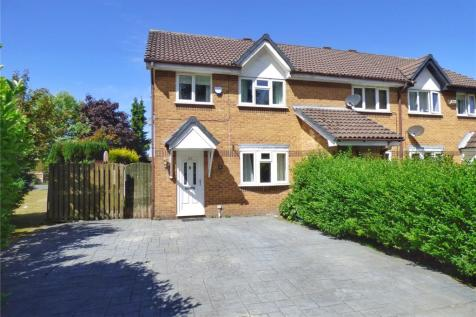 Averon Rise, Moorside, Oldham, Greater Manchester, OL1. 3 bedroom end of terrace house for sale