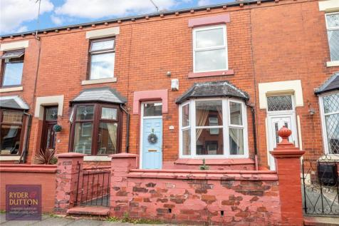 Kenwood Road, Oldham, Greater Manchester, OL1. 2 bedroom terraced house