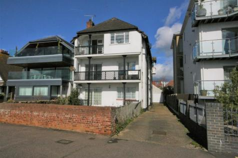 Chalkwell Esplanade, Westcliff-On-Sea, Essex, SS0. 6 bedroom block of apartments