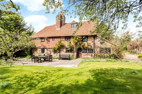 New House Lane, Salfords, Redhill, RH1. 5 bedroom detached house