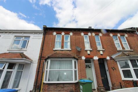Milton Road, Southampton. 5 bedroom terraced house