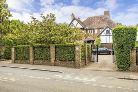 Brockley Hill, Stanmore, Middlesex. 5 bedroom detached house for sale