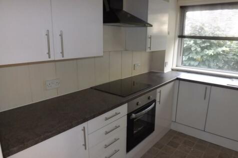 11 Pladda Avenue, Irvine, Ayrshire, KA11. 4 bedroom terraced house