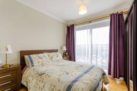 Lady Booth Road, Kingston, Kingston upon Thames, KT1. 2 bedroom flat