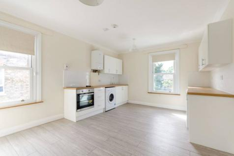 Church Road, Kingston, Kingston upon Thames, KT1. 4 bedroom house for sale