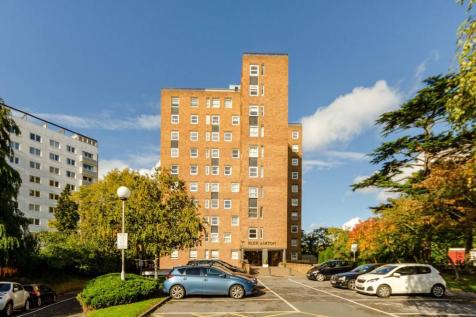 Kingston Hill, Kingston Hill, Kingston upon Thames, KT2. 2 bedroom flat for sale