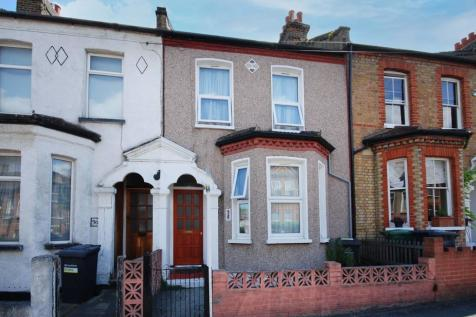 Neuchatel Road, Forest Hill, London, SE6. 3 bedroom terraced house for sale