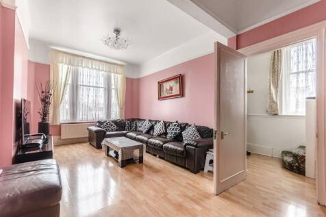 Fransfield Grove, Sydenham, London, SE26. 5 bedroom end of terrace house for sale