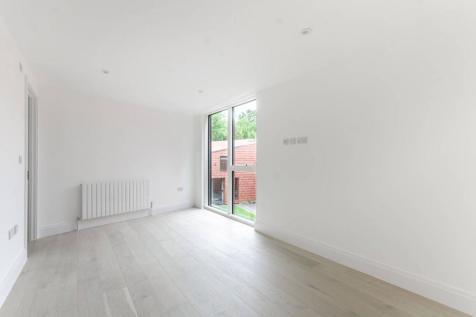 Beadnell Road, Forest Hill, London, SE23. 3 bedroom house