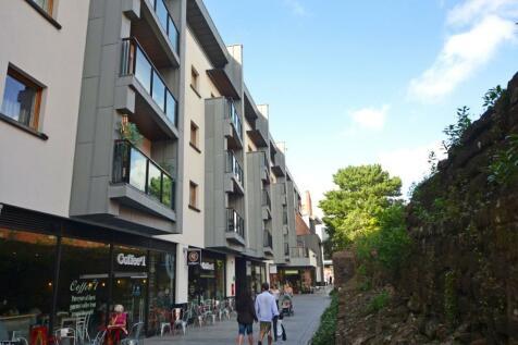 3 Roman Walk, Princesshay, Exeter. 1 bedroom apartment