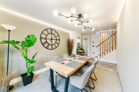 Eagle Works West, Shoreditch, London, E1. 2 bedroom apartment for sale
