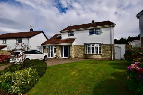 Paddocks Crescent, Brynsadler, Pontyclun. 5 bedroom house