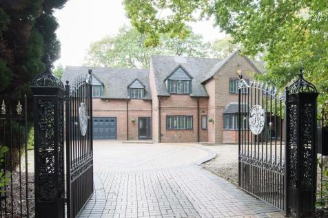 Endwood Drive, Little Aston. 5 bedroom detached house