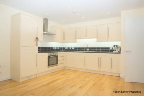 Sussex Way, Islington, N7. 2 bedroom flat
