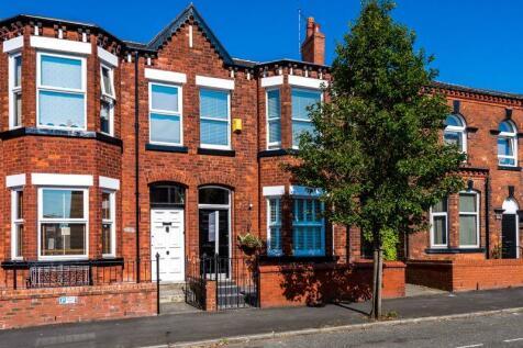 Swinley Road, Wigan. 3 bedroom semi-detached house