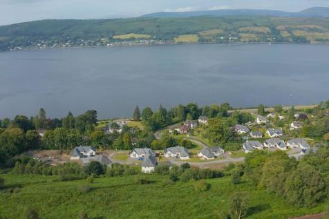 Kings Point, Shandon, Argyll and Bute, G84 8BT. 3 bedroom detached house