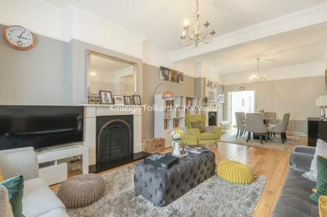 Knighton Park Road Lower Sydenham SE26. 4 bedroom house