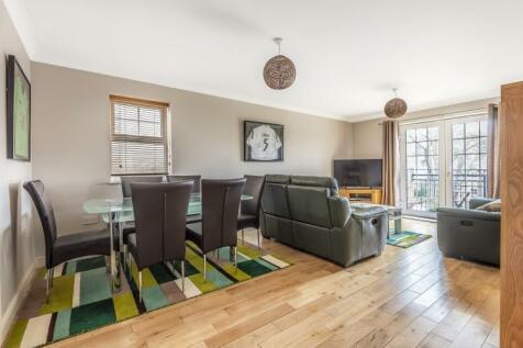 The Avenue Beckenham BR3. 2 bedroom flat