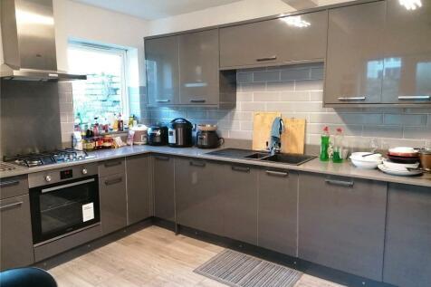 Deiniol Road, Bangor, Gwynedd, LL57. 4 bedroom terraced house