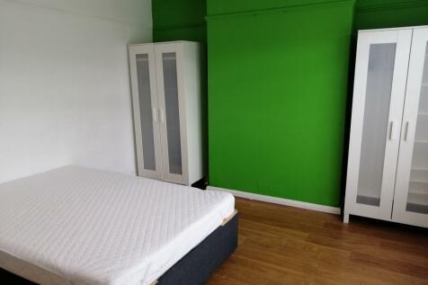Cae'r Deon, Bangor, LL57. 4 bedroom end of terrace house