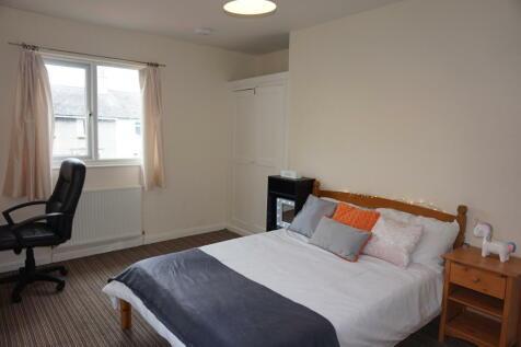 Maes Y Dref, Bangor, Gwynedd, LL57. 4 bedroom semi-detached house
