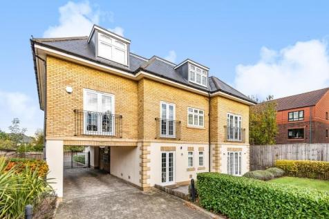 Cumberland Road Bromley BR2. 2 bedroom apartment